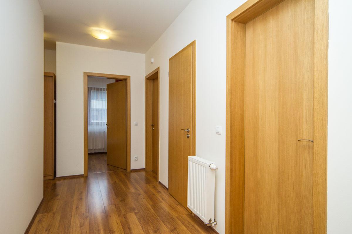 large-suite18
