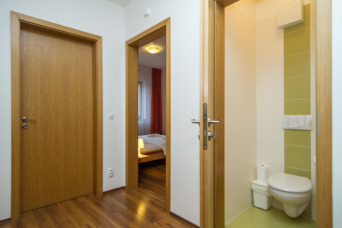 large-suite20